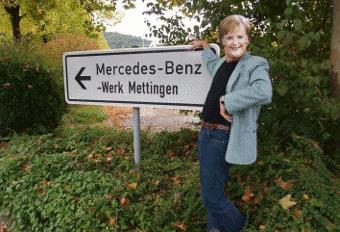 Merkel vor Mercedes-Werk